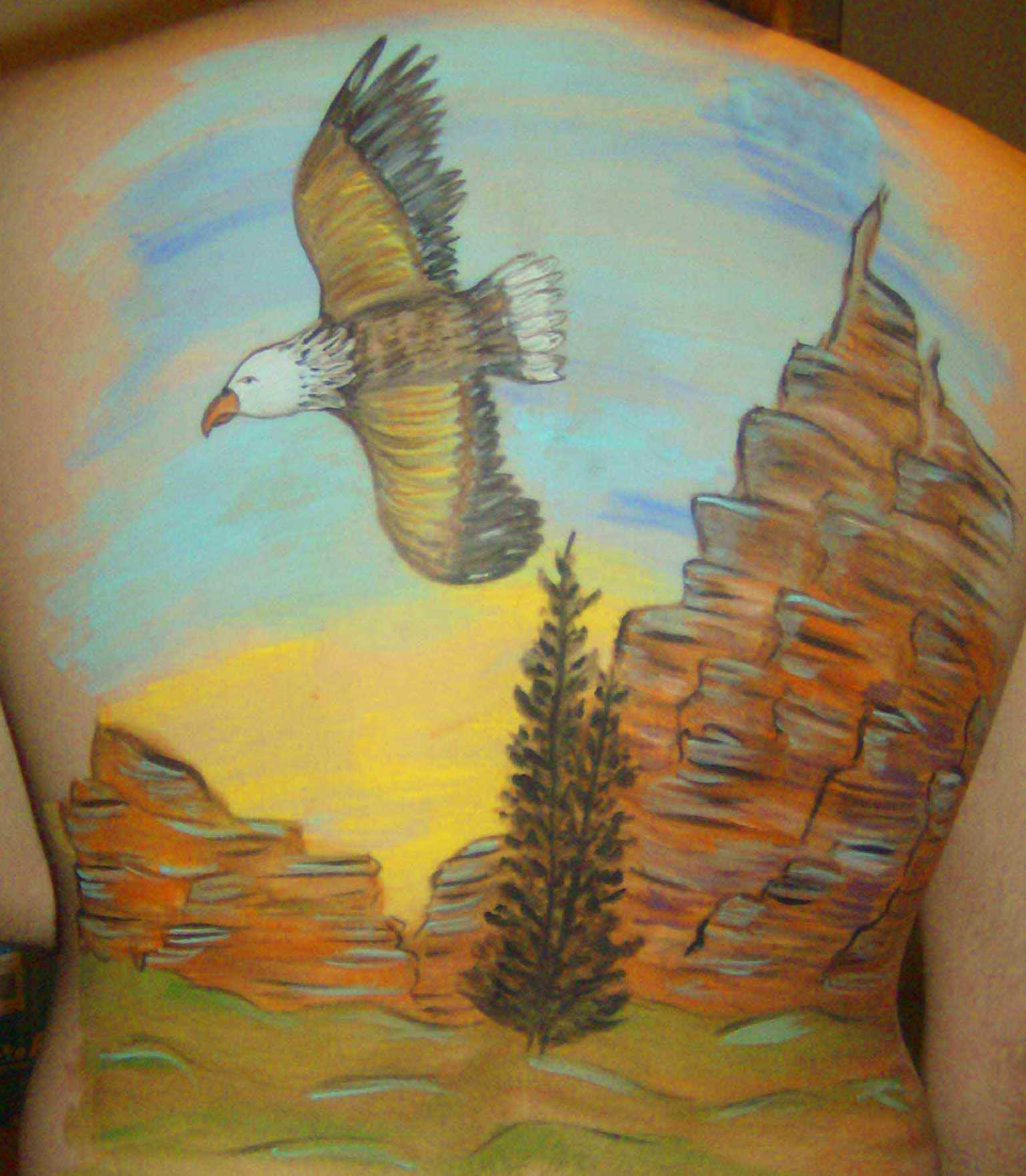 self hosted, Flying Eagle body painting